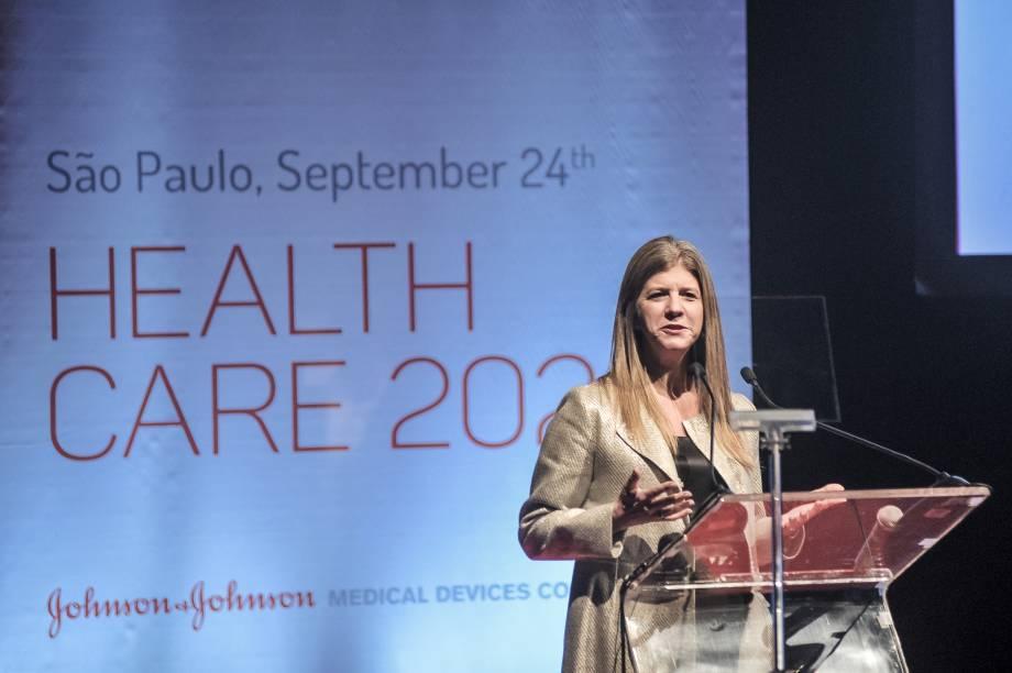 Luly De Samper, presidente da Johnson & Johnson Medical Devices na América Latina, abriu o evento