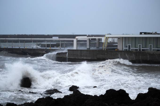 PORTUGAL-AZORES-WEATHER-HURRICANE