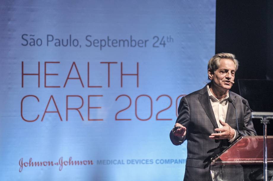 O Dr. Frederic Moll, considerado pai da cirurgia robótica, foi o convidado especial da Johnson & Johnson Health Care 2020