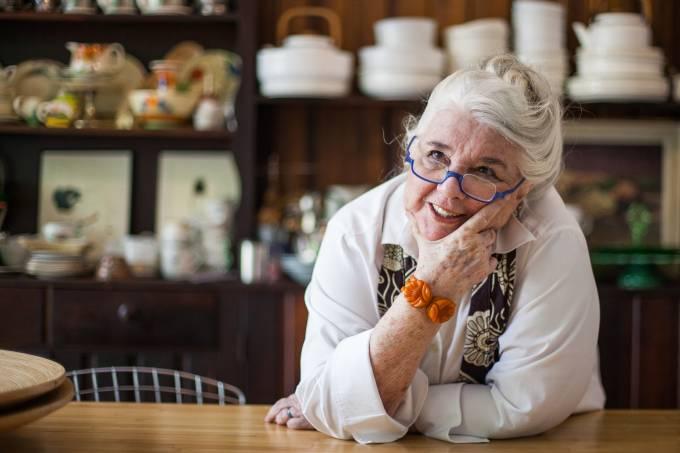 A cronista Nina Horta faleceu aos 80 anos de idade