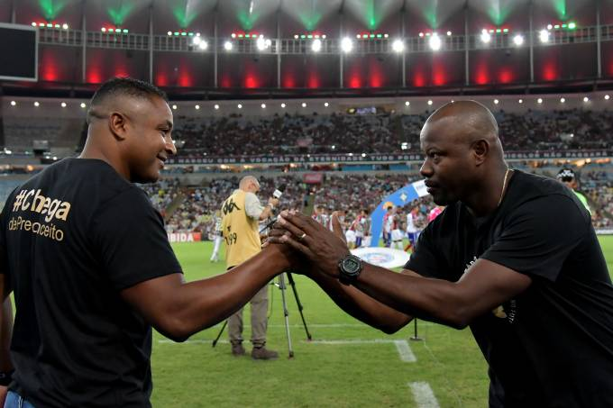 Partida entre Fluminense e Bahia pelo Brasileiro