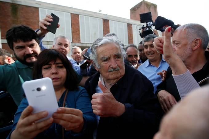 Uruguayans vote in general election