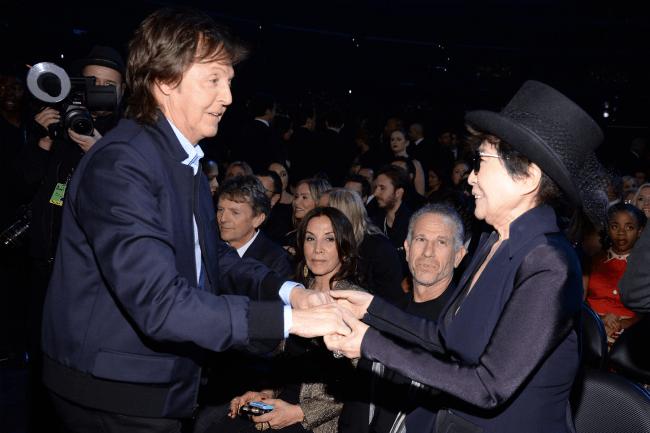 Paul McCartney e Yoko Ono