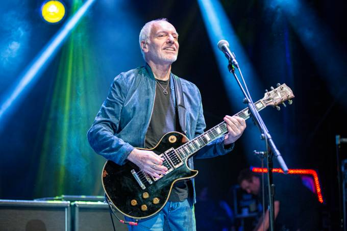 Peter Frampton Performs At Cal Coast Credit Union Open Air Theatre