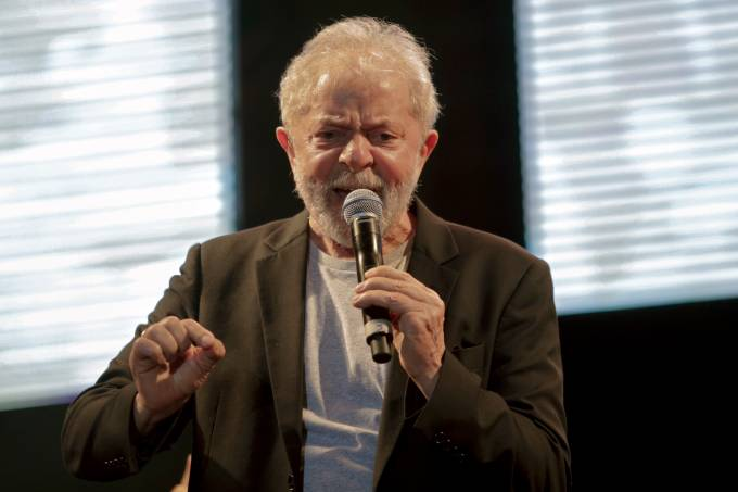 BRAZIL-POLITICS-MUSIC-LULA