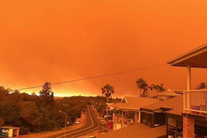 Smoke fills the sky in Port Macquarie