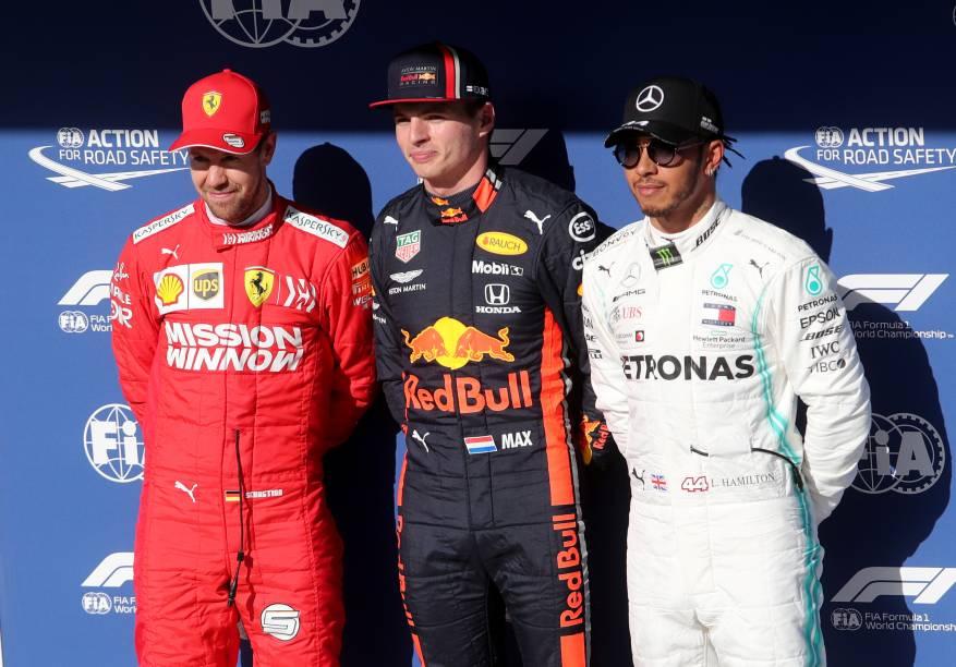Max Verstappen da Red Bull, Sebastian Vettel da Ferrari e Lewis Hamilton da Mercedes após terminarem o treino classificatório