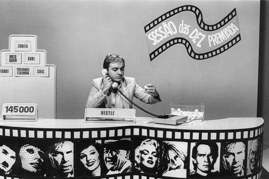 """Augusto Liberato, produtor e apresentador do programa """"Sessão das Dez Premiada"""", em 1981"""