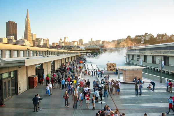 Vista externa do museu Exploratorium de São Francisco (EUA)