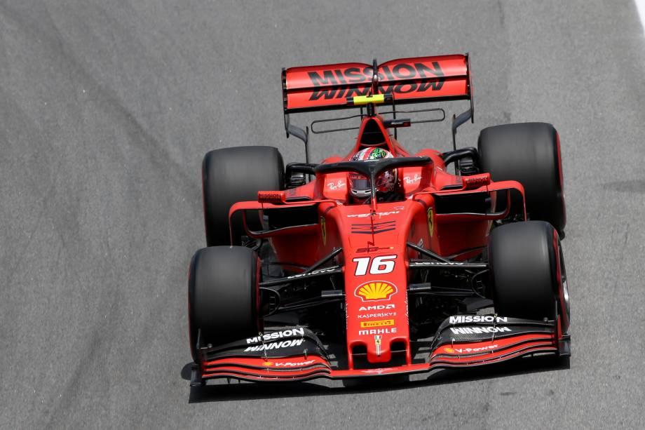 o monegasco Charles Leclerc, da Ferrari, em ação no autódromo de Interlagos