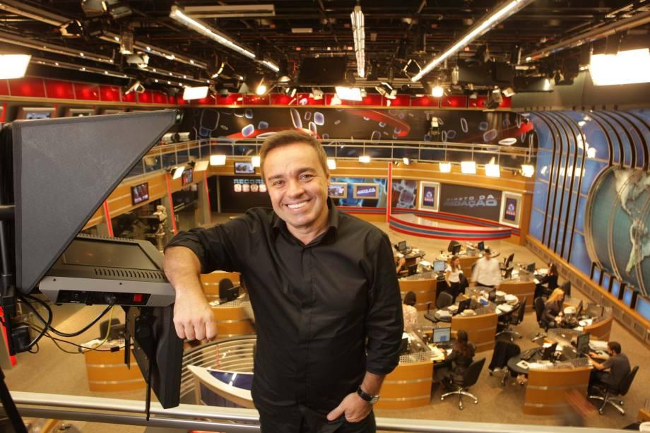 Apresentador Gugu Liberato, na TV Record