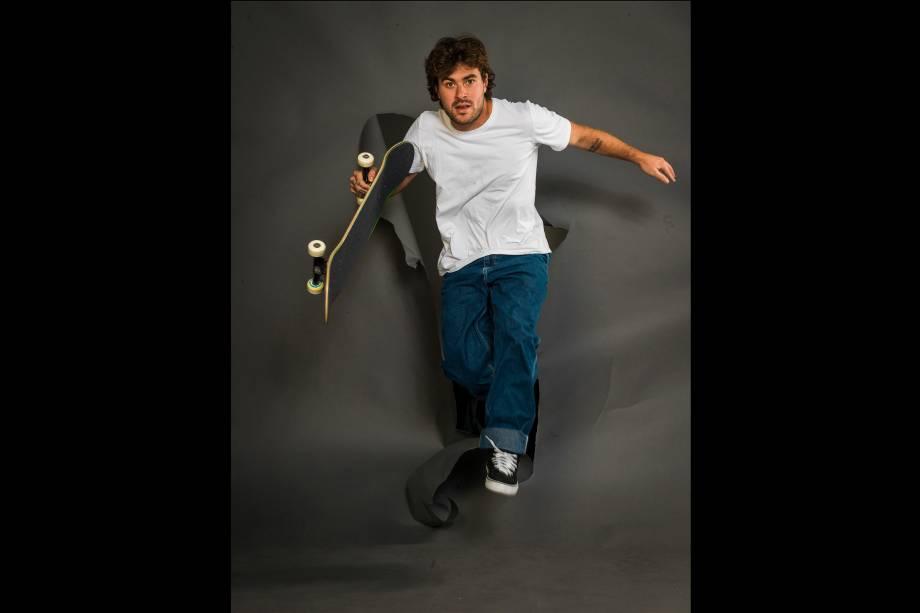 O skatista campeão mundial Pedro Barros