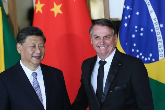 O presidente da China, Xi Jinping, e Jair Bolsonaro durante encontro em Brasília