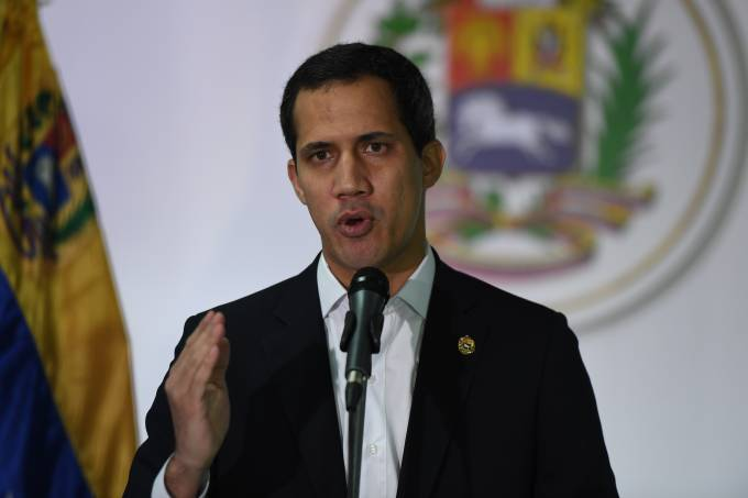 VENEZUELA-POLITICS-CORRUPTION-GUAIDO