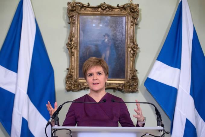 Scottish leader Sturgeon demands a post-Brexit independence referendum