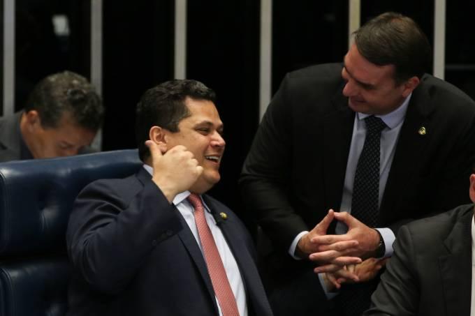Davi Alcolumbre e Flávio Bolsonaro