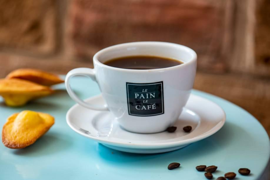 Café coado: grãos 100% arábica