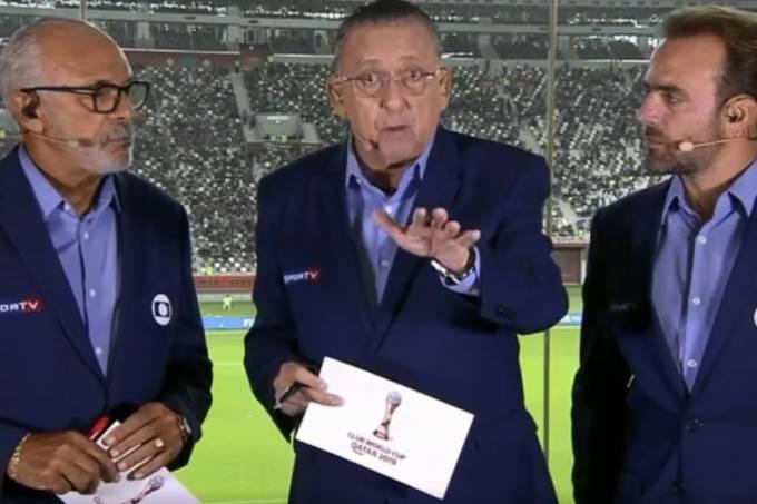 Junior, Galvão Bueno e Roger durante transmissão da Globo