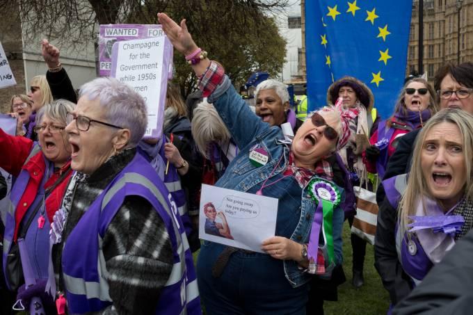 Pension Women Protestors Opposite Parliament