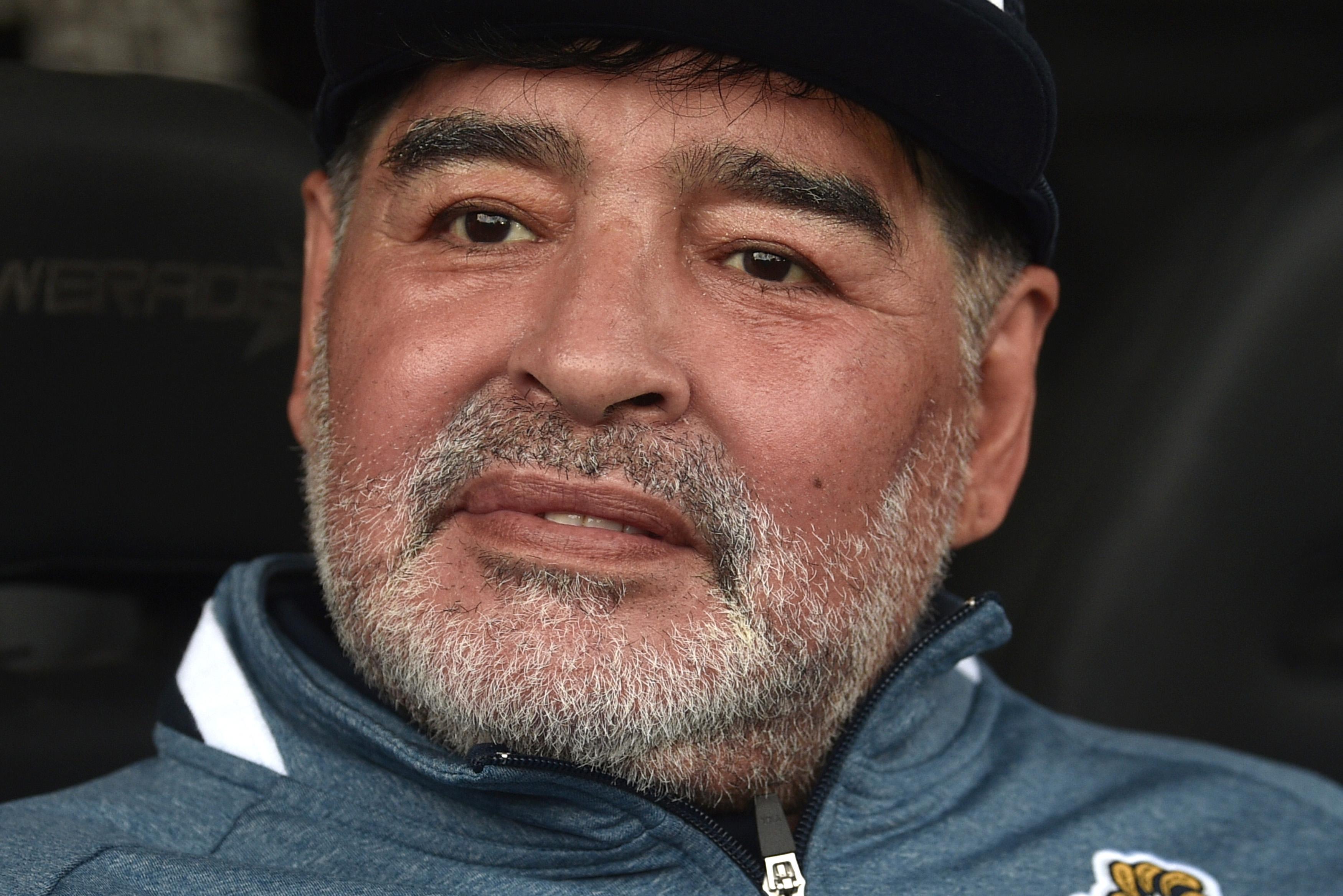 Morre Diego Maradona aos 60 anos de idade | VEJA