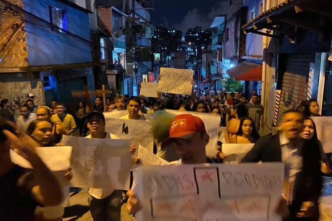 Manifestação contra a violência da Polícia Militar