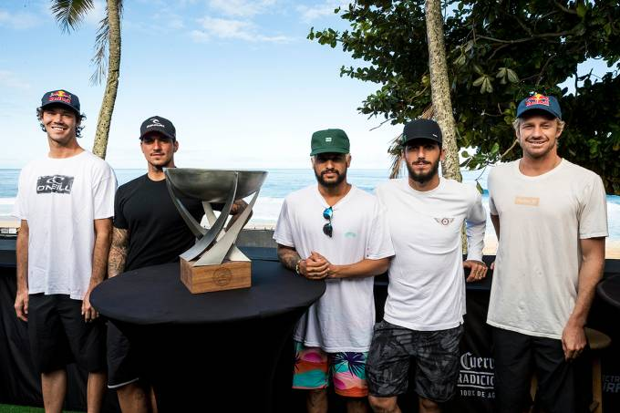 Pipe Masters WSL surfe