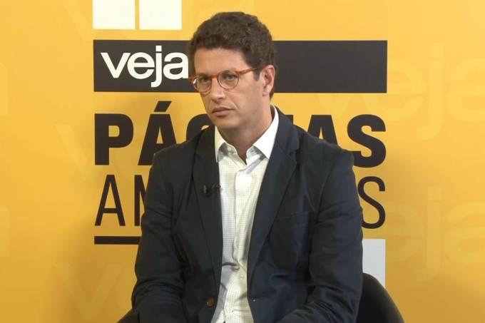 O ministro do Meio Ambiente, Ricardo Salles, negou que o governo brasileiro tenha aberto mão dos recursos do Fundo Amazônia