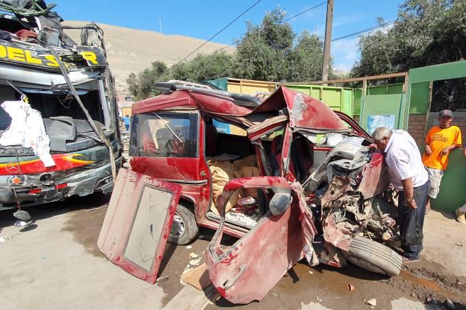 Acidente ônibus Peru