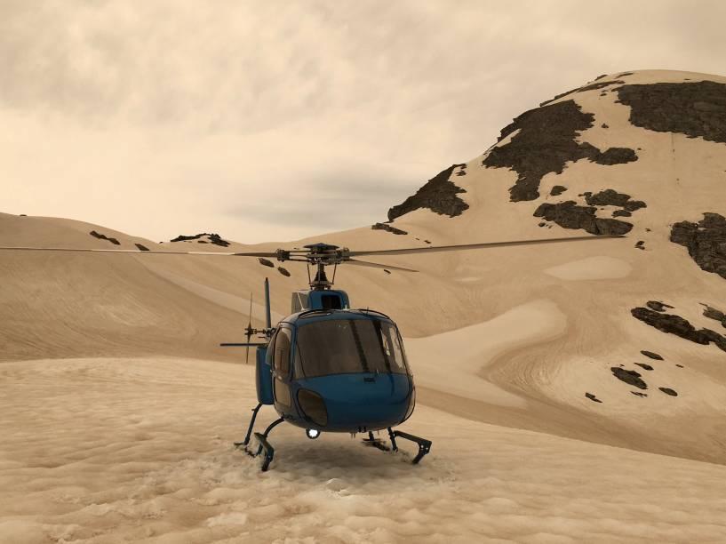 """As geleiras da Nova Zelândia amanheceram """"caramelizadas"""" devido a fuligem proveniente dos incêndios florestais na Austrália - 01/01/2020"""