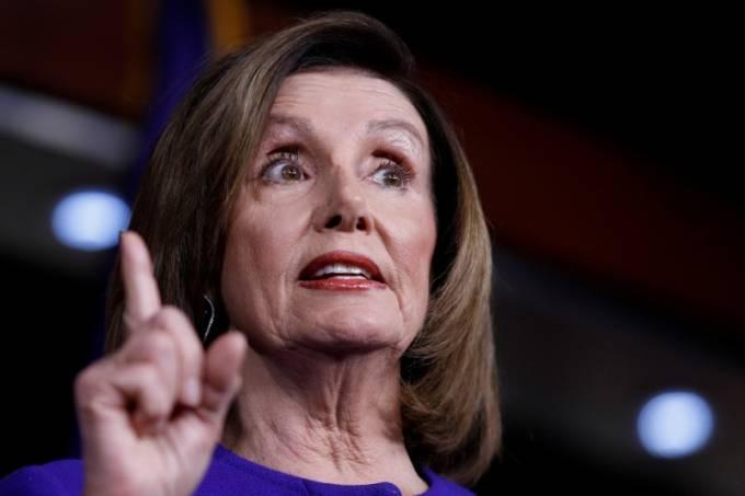 Presidente da Câmara dos Deputados dos EUA, Nancy Pelosi, durante entrevista coletiva no prédio do Congresso dos EUA, em Washington