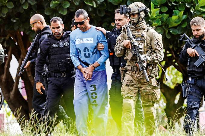 Brazil's drug lord Marcos Camacho, also know as 'Marcola' is seen leaving a hospital in Brasilia