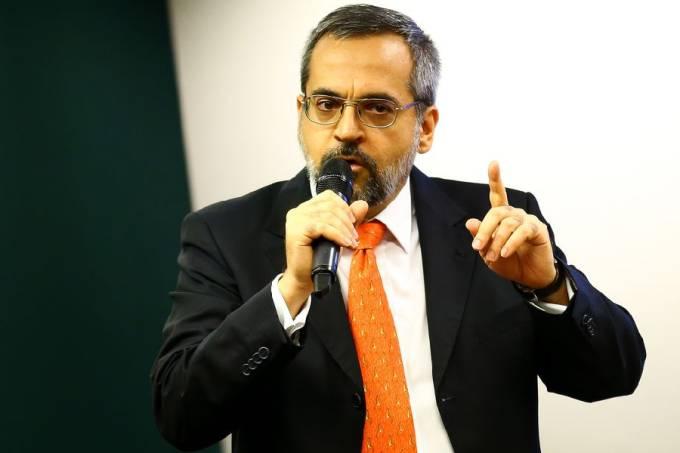 Abraham Weintraub (1)