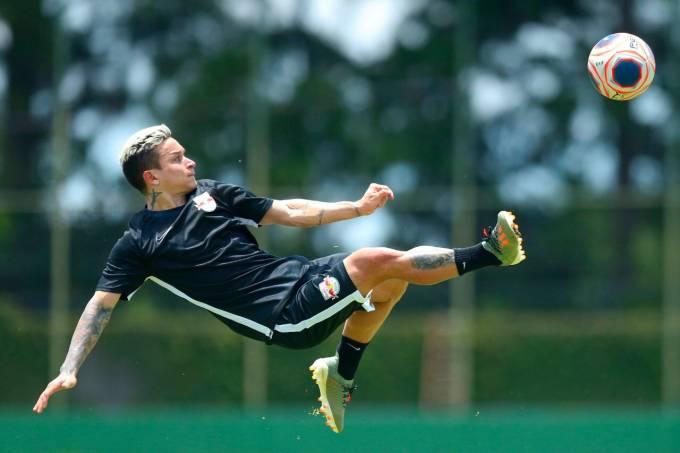 Atacante Artur, ex-Palmeiras, foi o reforço mais caro do Red Bull Bragantino