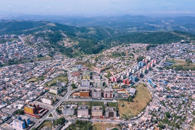 Cidade Tiradentes, bairro no extremo leste de São Paulo