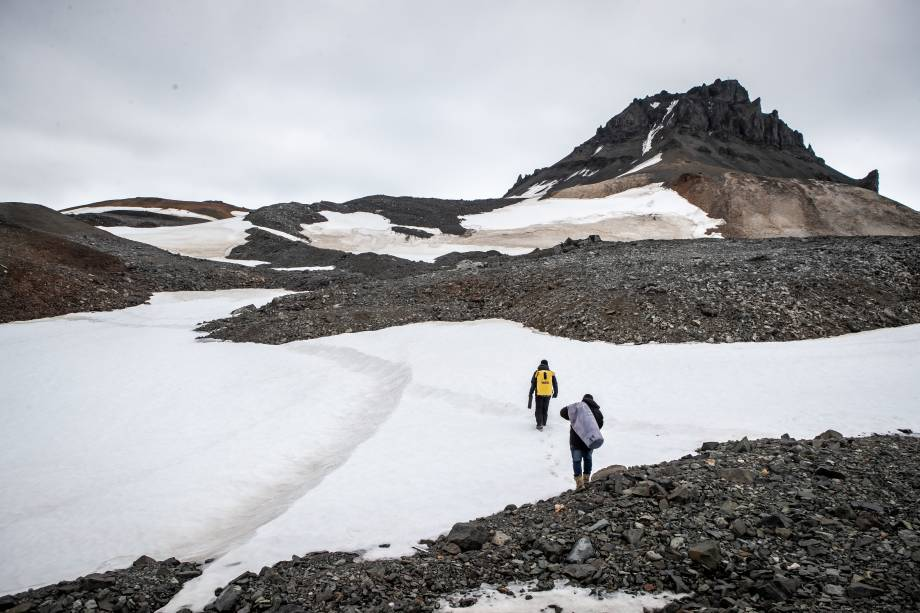 Para chegar a um yellow point, foi necessário atravessar um caminho de neve e gelo