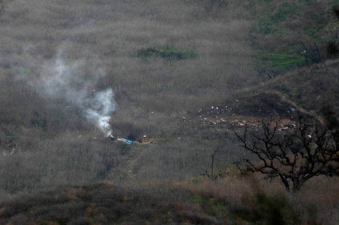 Helicóptero de Kobe Bryant caiu em Calabasas, próximo a Los Angeles