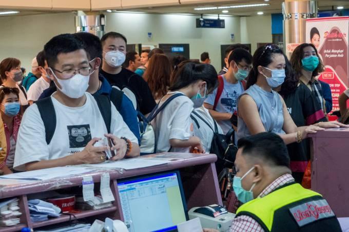 Corona Virus Outbreak Chinese Travel Agency Repatriates Tourists From Batam