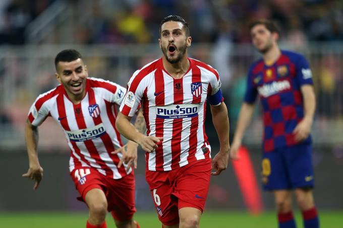 Capitão Koke marcou o primeiro gol da vitória do Atlético de Madri sobre o Barcelona na semifinal da Supercopa