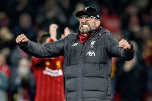 O alemão Jürgen Klopp, técnico do Liverpool, vive má fase na Premier League