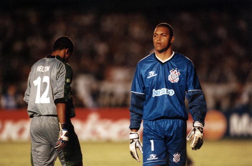 O goleiro Dida, um dos heróis da conquista do primeiro Mundial do Corinthians, em 2000