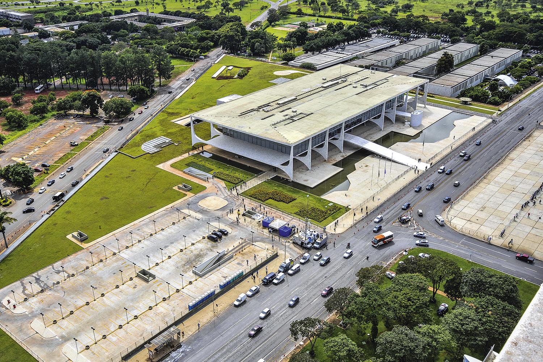 ANEXOS- Complexo do Planalto: custo anual estimado em 250 milhões de reais