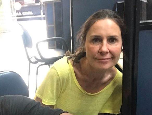 A repórter Susana Naspolini na delegacia