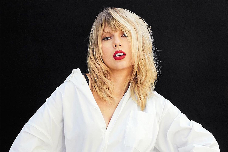 Taylor Swift anuncia álbum feito na quarentena | VEJA
