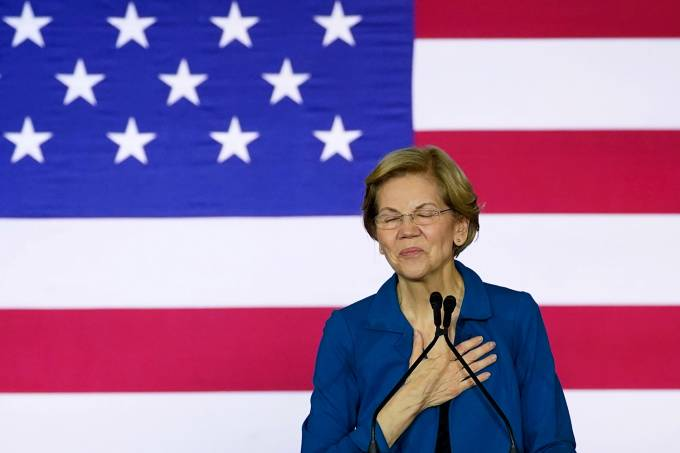 Democratic U.S. presidential candidate Warren speaks at her New Hampshire primary night rally in Manchester