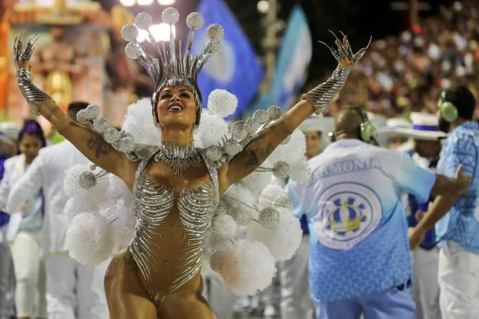Aline Riscado carnaval rio vila isabel