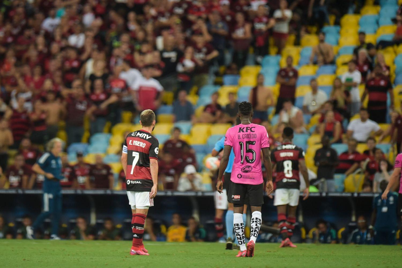 Mais um atleta testa positivo e aumenta lista de casos confirmados de Covid-19 no Flamengo