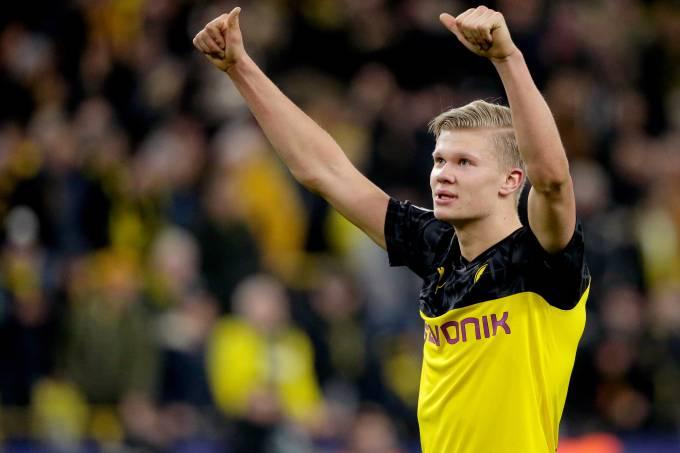 Haaland marcou os dois gols da vitória do Borussia Dortmund sobre o PSG