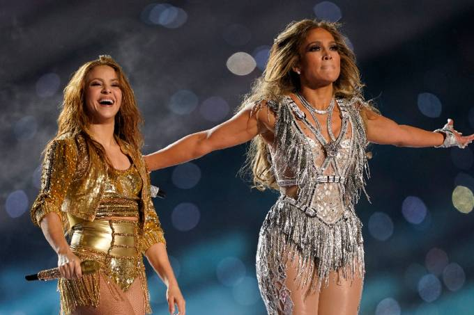 Shakira e Jennifer Lopez – Super Bowl LIV (1)