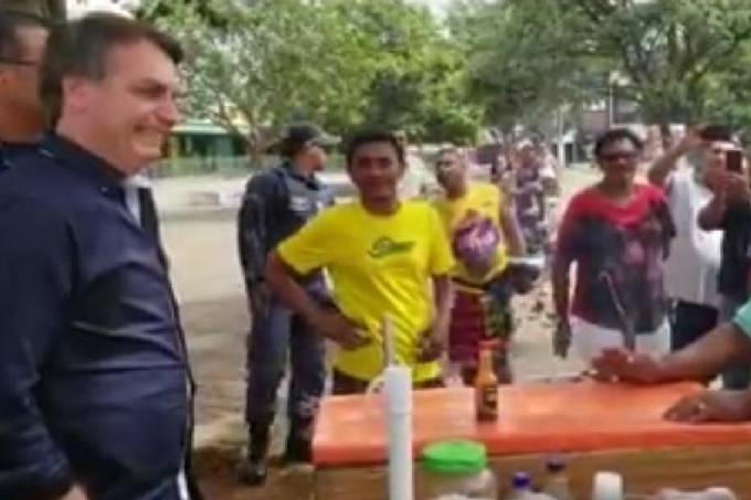 Bolsonaro na rua em Brasília (1)