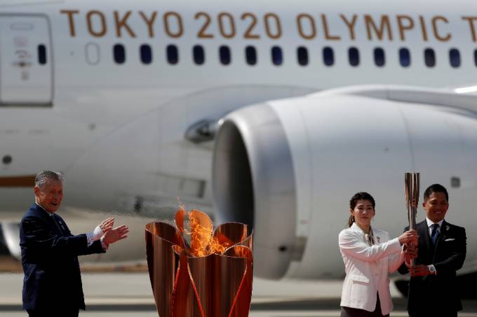 Chama olímpica chega ao Japão